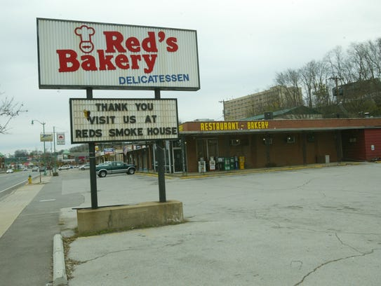 Red's Baker on Riverside Drive merged with Red's Smokehouse,