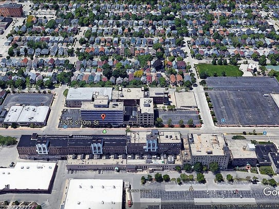 """A """"before"""" aerial photo looking west at the 70th Street"""