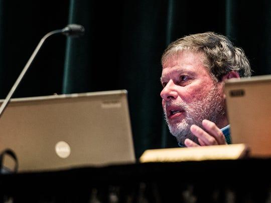 Palmyra Area School board member Larry Geib voices