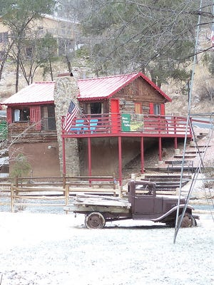 Ruidoso saw a touch of snow Thursday, the first tangible amount in the village for the 2017 winter season. Roads cleared quickly, although the temperature stayed low. Weather reports stated 3 inches fell at Ski Apache.