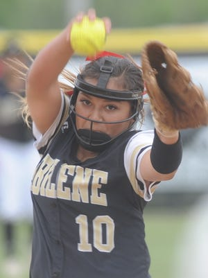 Abilene High pitcher Kaylen Washington throws a pitch to a Keller Fossil Ridge batter in a game earlier this season.