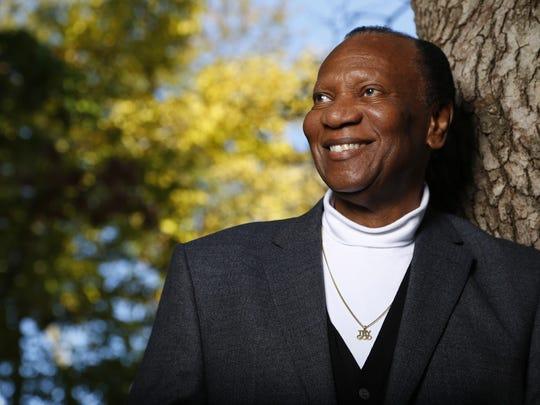 Centerville native Simon Estes is a world-renowned opera singer.