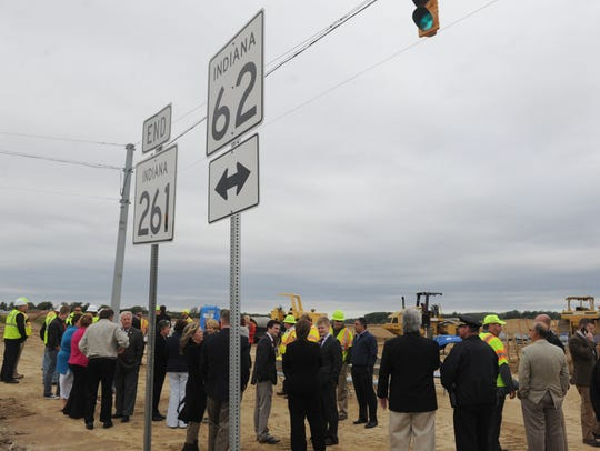 INDOT employees, contractors and local officials gather