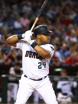 Arizona Diamondbacks outfielder Yasmany Tomas was arrested on Jan. 18, 2018, on suspicion of driving in excess of 105 mph on Loop 101 in Tempe, the Arizona Department of Public Safety said. He was pulled over in a 2015 black Mercedes S550 coupe on the Loop 101 northbound at Baseline Road by officials.