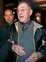 Alan Dershowitz in April 2009