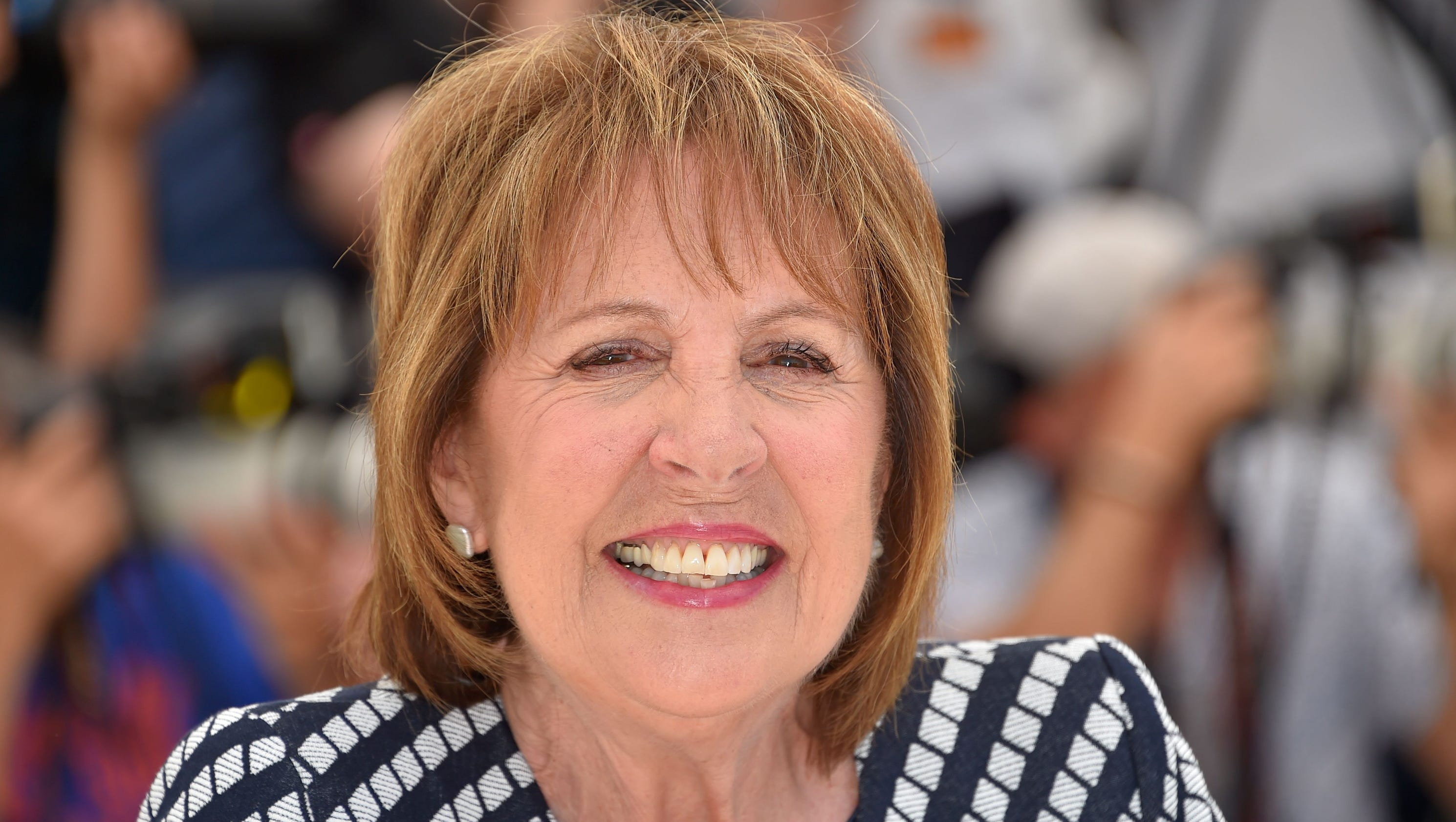 'Downton' star Penelope Wilton hits the gas for 'BFG' queen role