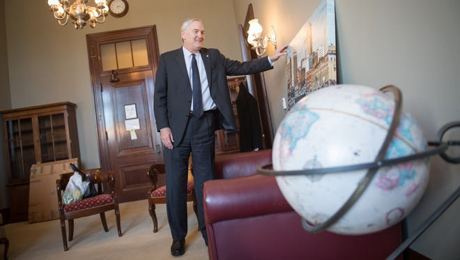 Luther Strange, the new Republican senator from Alabama, moves on March 29, 2017, into the office suites of former Alabama senator Jeff Sessions. Sessions, also a Republican, is now serving as attorney general.