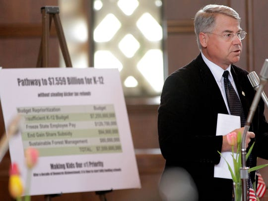 Sen. Chuck Thomsen speaks during a Senate floor session on the K-12 education budget at the Oregon State Capitol in Salem on Monday, April 6, 2015. The Senate passed a $7.255 billion K-12 education budget that now goes to Gov. Kate Brown for approval.