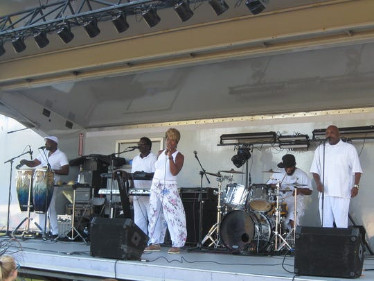 Valerie and Dimensions provided an energetic set of