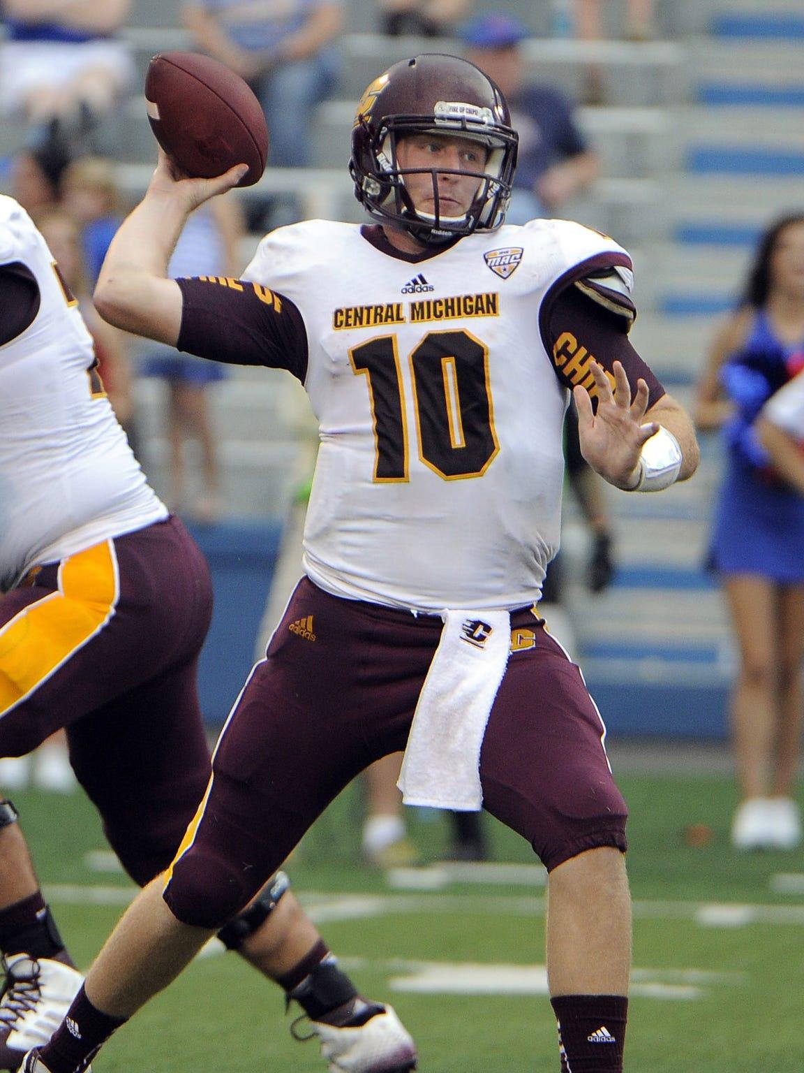 Central Michigan quarterback Cooper Rush (10).