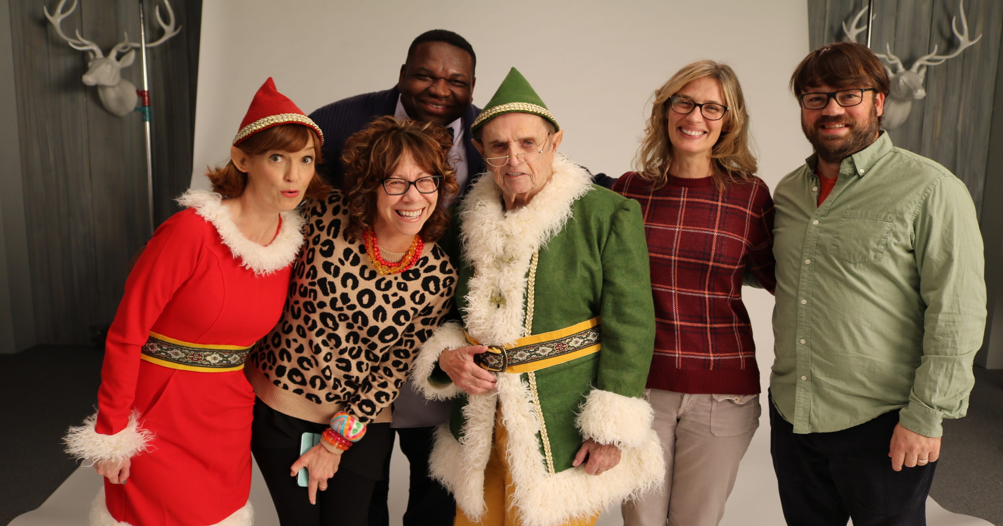 Bob Newhart plays Papa Elf in Kentucky Lottery holiday commercial