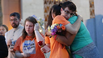 March for Our Lives Arizona holds vigil to honor victims of Santa Fe High School shooting