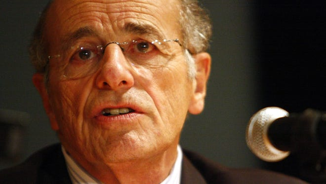 """Alfred """"Al"""" DelBello, the former Westchester County executive, died May 15 at age 80."""