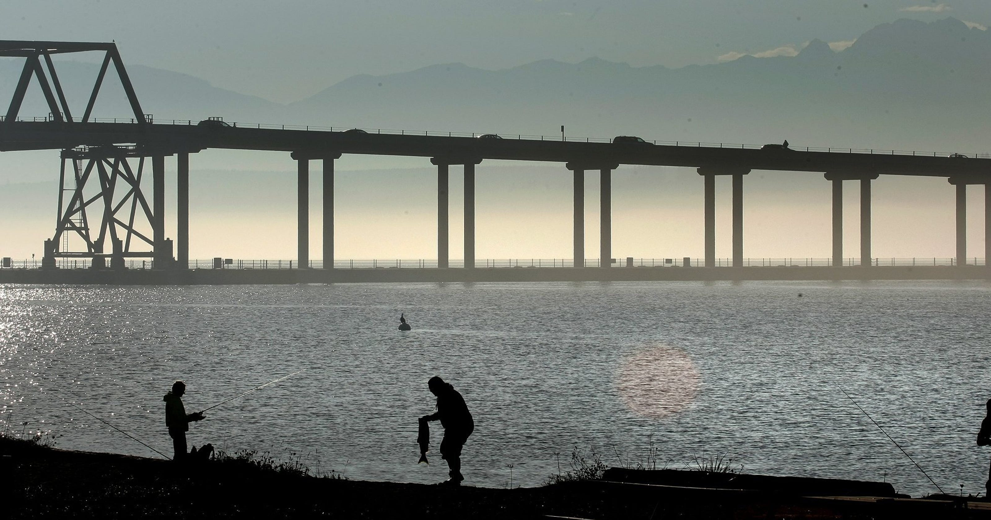 Road Warrior Why The Hood Canal Bridge Was Built The Way It Was