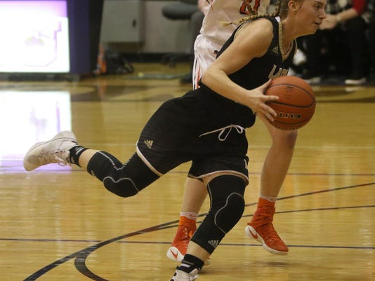 Aledo Ladycats down Lady Riaders in OT (4)