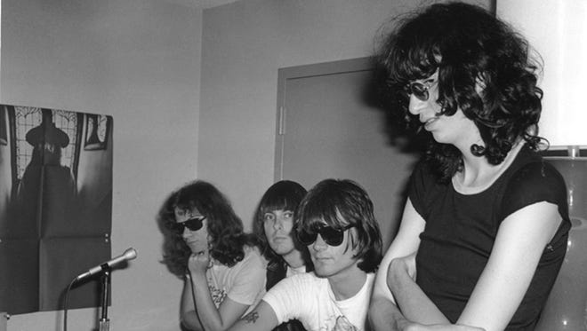 """TOMMY RAMONE 