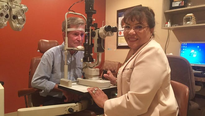 Dr. Regine Pappas is an ophthalmologist, eye surgeon and glaucoma specialist at Pinnacle Eye Center in Eau Gallie.