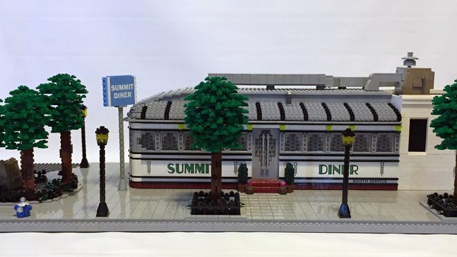 "Jonathan Lopes' ""Summit Diner,"" a reproduction composed from LEGOs."