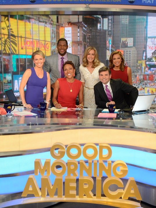 Good Morning America Stories Today : Michael strahan sings kelly ripa s praises on gma