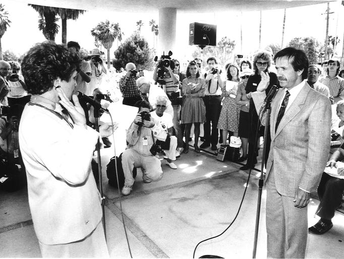 Sonny Bono being sworn in as Palm Springs Mayor on April 19, 1988.