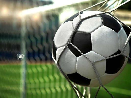 081116-vr-soccer5.jpg