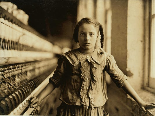 Child worker in Whitnel NC cotton mill photo by Lewis Hine