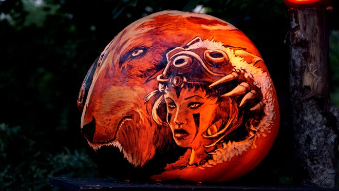 Providence, RI, Sept 30, 2020 - Roger Williams Park Zoo for the opening night of a Drive-Through Jack-O-Lantern Spectacular, presented by Citizens.