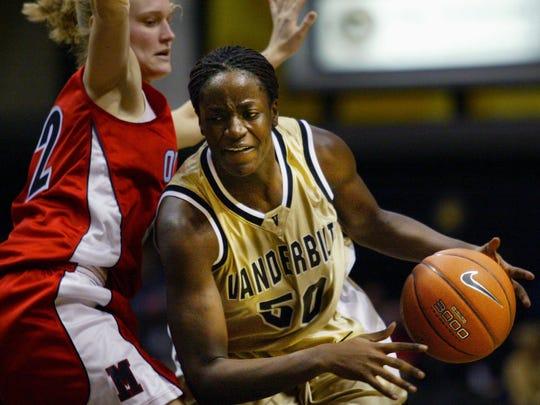 Former Vanderbilt standout Carla Thomas, right, was