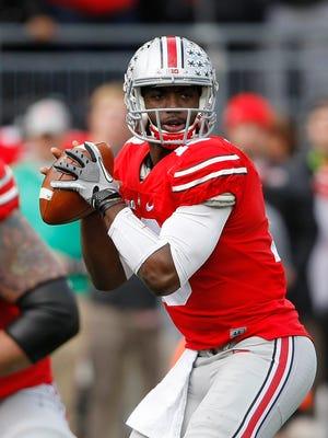 Ohio State Buckeyes quarterback J.T. Barrett leads the USA TODAY Sports Freshman All-America team.
