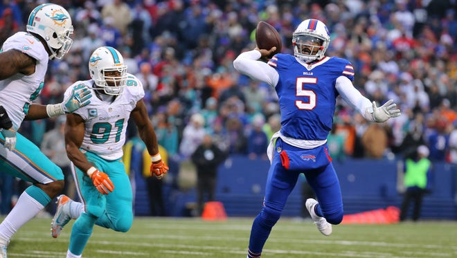 Tyrod Taylor threw 17 touchdown passes and only six interceptions.