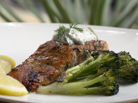 Broiling salmon equals dinner in a flash