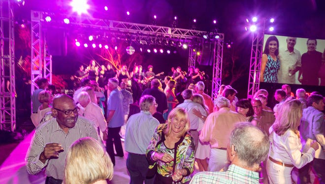 BAM Supporters dancing the night away to Citrus College's Nightshift.