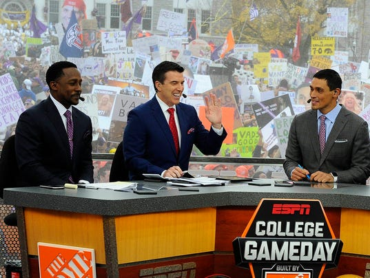 college gameday espn college football game times today