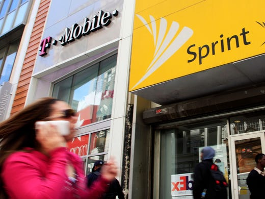 T-Mobile, Sprint agree to a merger as U S  national wireless