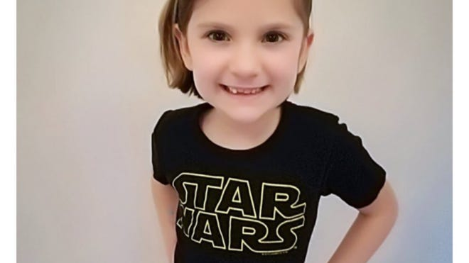 N.J. Simmonds said her seven-year-old daughter was afraid her classmates would laugh at her for liking 'boy stuff' if she wore a Star Wars shirt to school. (Photo: Twitter Moments)