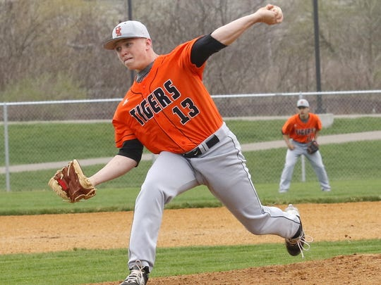 Winning pitcher Isaiah Ausby delivers a pitch Saturday against host Horseheads in Union-Endicott's 10-3 victory.