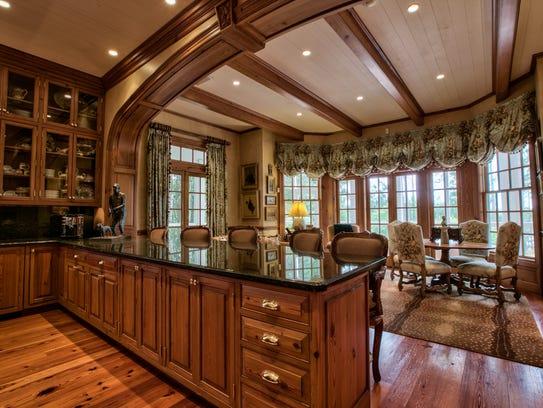 An inside look at the Winn Dixie Plantation.
