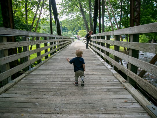 Finding parks and trails along the way on road trips