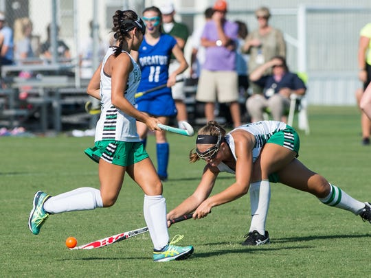 Parkside's Abby Roskovich, (16) makes a play in the offensive zone during a game against Stephen Decatur.