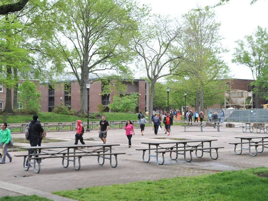 Students walk between classes at Salisbury University