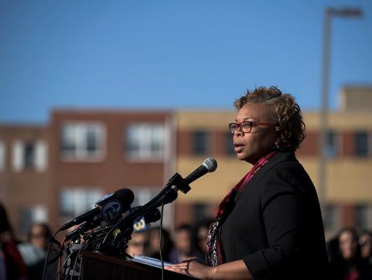 Camden Mayor Dana Redd announces that she won't seek