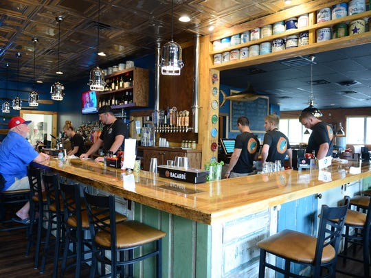 Fins Ale House & Raw Bar located in the Marketplace