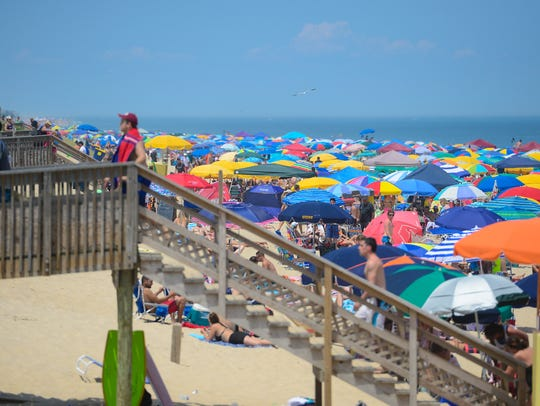 A large crowd fills the Bethany Beaches during this