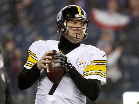 """FILE - In this Jan. 22, 2017, file photo, Pittsburgh Steelers quarterback Ben Roethlisberger warms up before the AFC championship NFL football game against the New England Patriots, in Foxborough, Mass. Roethlisberger announced on Twitter Friday, April 7, 2017, that he's told the Steelers he plans to be under center in 2017. """"Informed the team I am looking forward to my 14th season,"""" Roethlisberger posted. """"Steeler Nation will get my absolute best."""" (AP Photo/Matt Slocum, File)"""