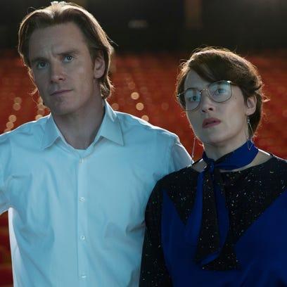 Andy Hertzfeld (Michael Stuhlbarg), Steve Jobs (Michael