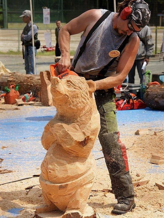 Chainsaw artisan evolves finds balance