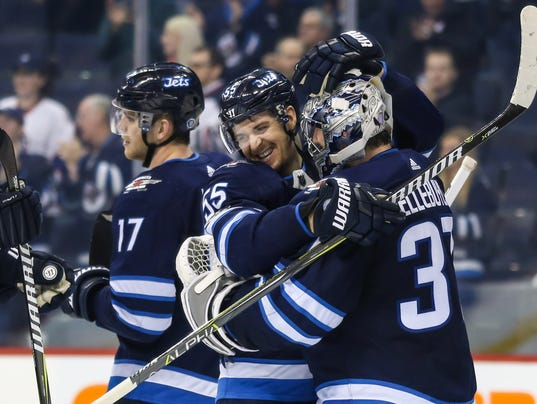 2017-12-05-winnipeg-jets-rebuild