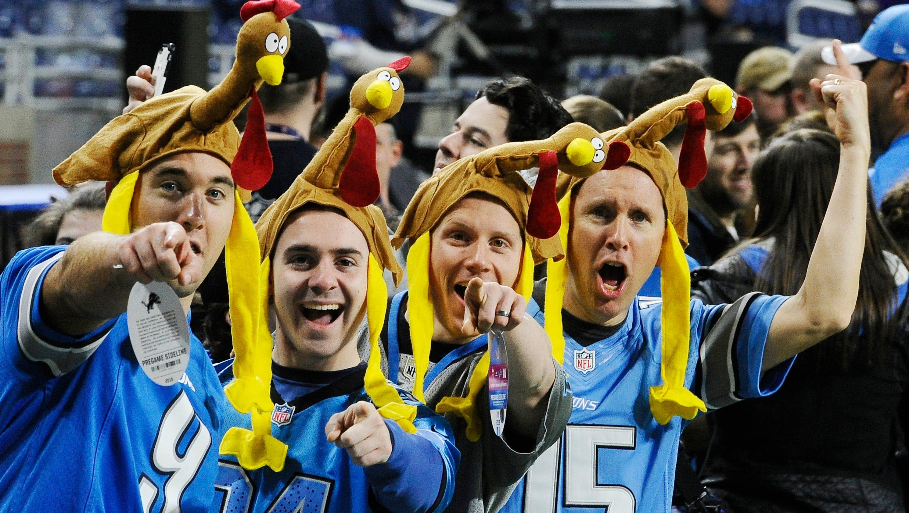 6b25e884584 dailymail.co.uk Lions take on Vikings on Thanksgiving Day