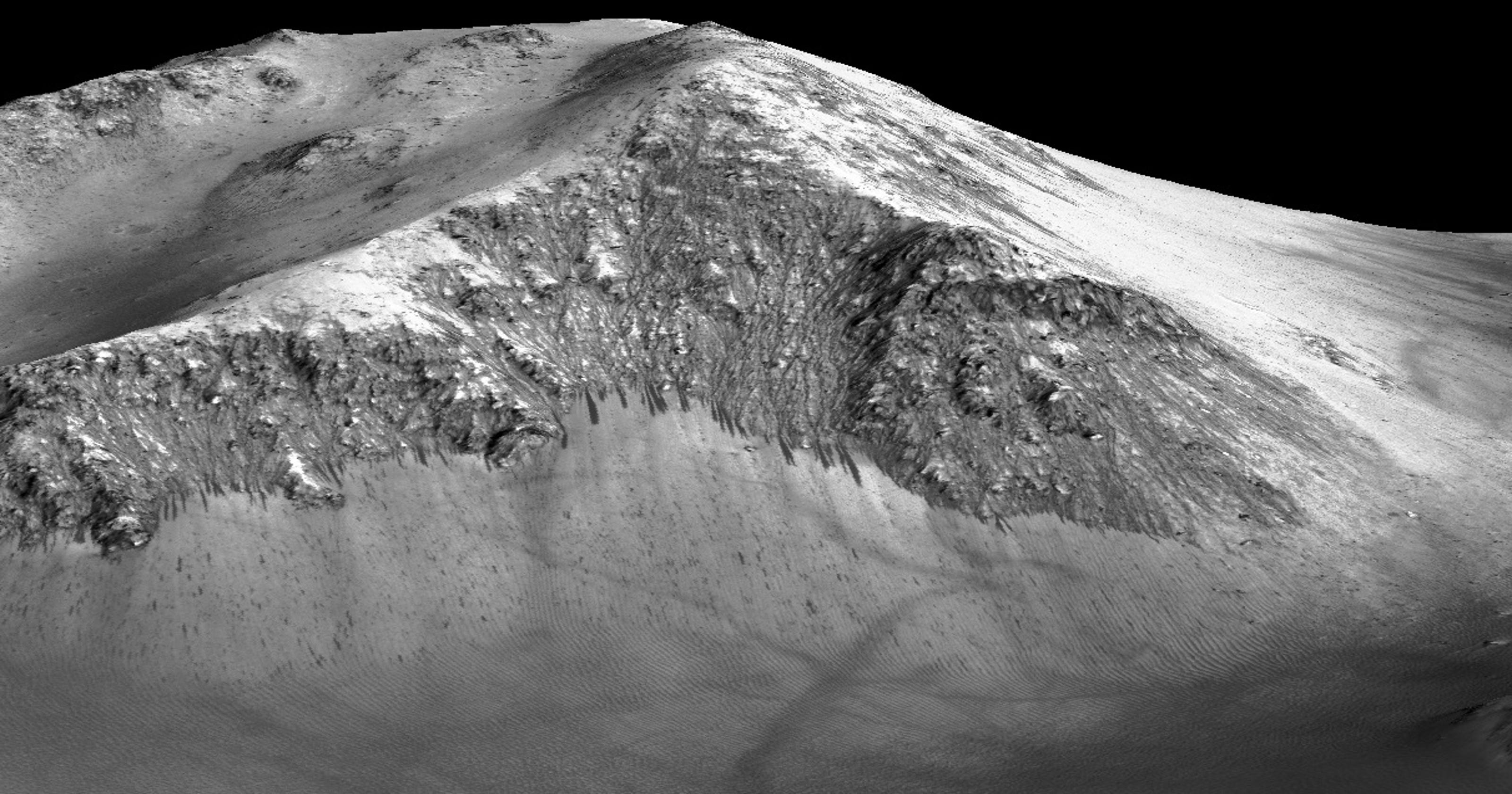 NASA finds evidence of recent flowing water on Mars