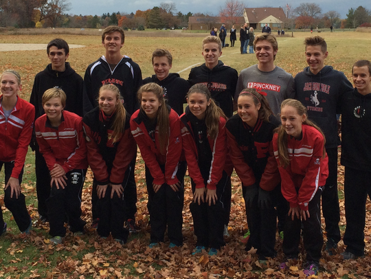 Pinckney's girls and boys cross country teams pose